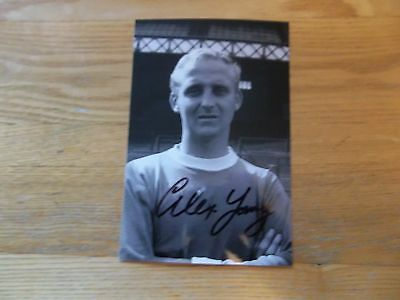 Alex Young, Ex Everton Footballer, Signed 6 X 4 Photo