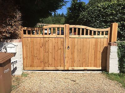 Beautiful Wooden Driveway Gates - Made to Measure