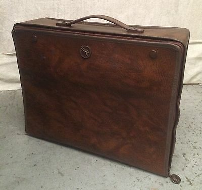 VINTAGE QANTAS AIRLINES AUSTRALIA TRAVEL FOLD UP FLAT BAG Airway Travel Carry On