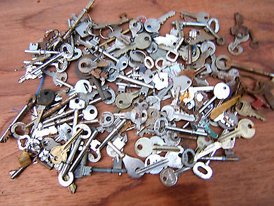 Large Quantity Of Keys - All Sorts - All Makes
