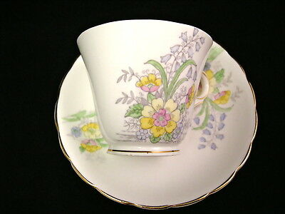 1940's Colclough Tea Cup & Sauce