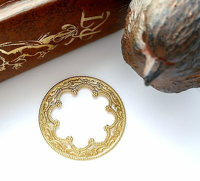 BRASS (4 Pieces) Round Scallop Medallion Filigree Stamping - Finding (CB-3042)