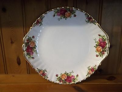 """Royal Albert """"old Country Roses """" Large Winged Plate 25 Cms"""