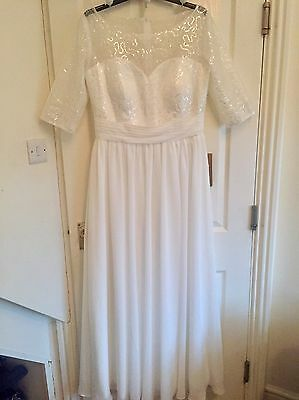 Beautiful New Bridal Gown/Wedding Dress, Floor Length, Sleeved, Size 16-18