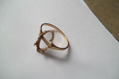 jewelry Vintage 10K Gold ring /  missing stone