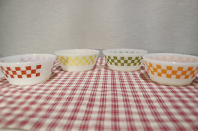 LOT of Four Anchor Hocking Fire King Checkered Cereal / Soup Bowls Exc.