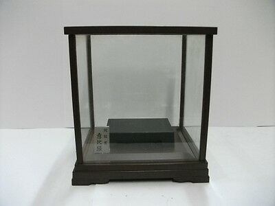 The glass case(Display Cases)of the wooden frame. Japanese Antique.