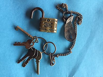 Genuine Vintage Antique Slaymaker Padlock  Lock  Plus Assorted Keys