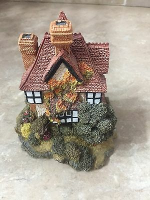 Lilliput Lane Houses - Collection of Six Pieces   LOW START GRAB A BARGAIN