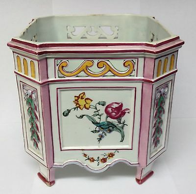 19th Century Gien Faience pottery jardiniere.