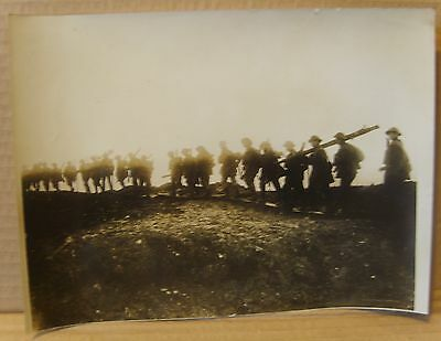 WW1 original press photo Somme British working party advance to captured trench