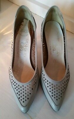 VINTAGE Pale Grey Leather Dolcis Court Shoes/ Heels- SIZE 5/38