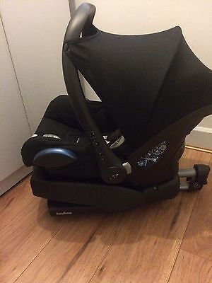 Maxi Cosy Car Seat With Base And Rain Cover