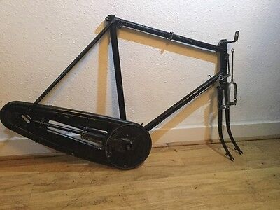 Vintage 1950S Raleigh Frame With Chain Guard With Rod Brakes. 23 Inch Frame