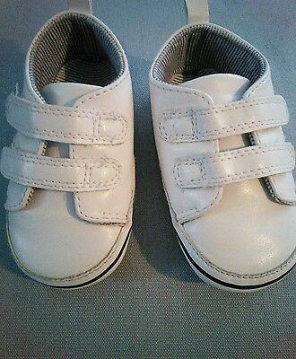 Next White Pram Shoes Trainer Style Size 2 (6-12 months) BNWOT