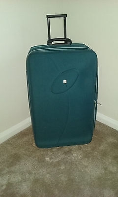 Extra Large Lightweight Expandable Fiore Suitcase Blue Handle Wheels