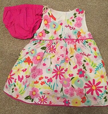 Baby Girls Dress With Knickers 0-3 Months