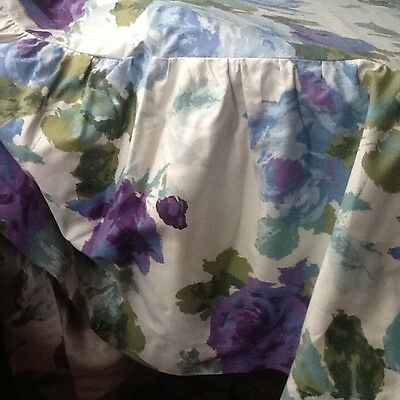 Vintage Rose cotton circular table cloth 1 m diameter + frill.  Fabric upcycle?