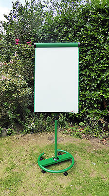 Metroplan A1 Ultimate Mobile Flipchart Easel - Green