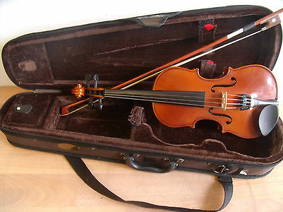 Stentor Student St. Violin & Case 1/4 Size With Bow. Ideal Starter Instrument.