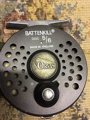 Orvis Fly Fishing Reel With Case 5/6 - Excellent Condition