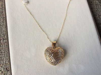 9Ct Yellow Gold Open Work Heart Pendant & 18 In Chain