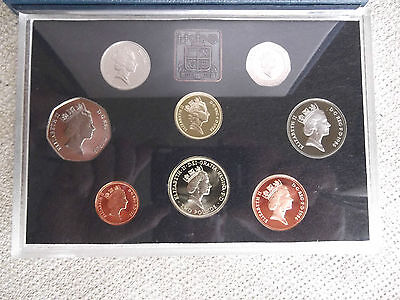 1986 Royal Mint Proof Coin Set Blue Case With Coa