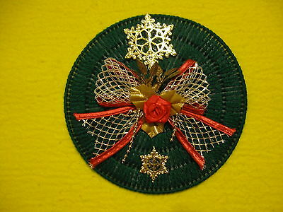 Green Round Christmas Magnet w/ Gold Snowflakes Gold Bow Red Rose Plastic Canvas