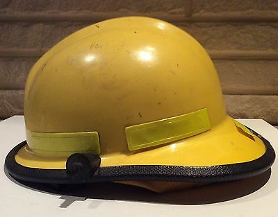 CAIRNS & BROTHERS N660 Yellow Fireman Helmet Firefighter Vintage