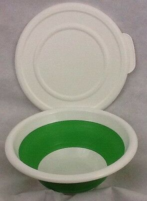 PAMPERED CHEF 2 Quart Collapsible Serving Bowl With Lid Green & White 2794 EUC