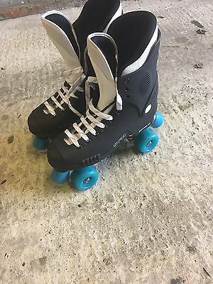 roller skates size 10 in excellent condition