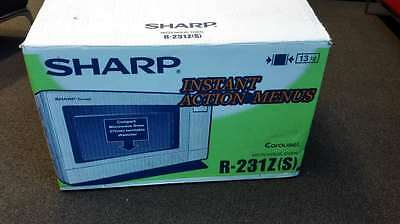 Sharp Microwave Oven R-213Z
