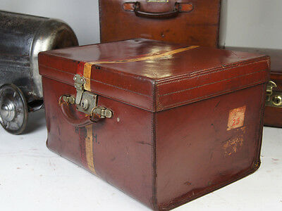 Beautiful Antique English Top Hat Sqaure Leather Hatbox Royal Ascot