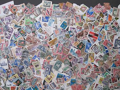 Commonwealth South Africa  SWA etc Kiloware 275+ estimated stamps Early Era on