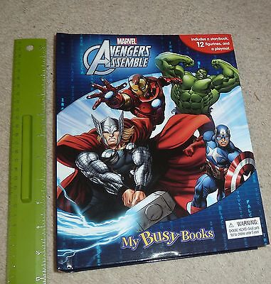 AVENGER ASSEMBLE - Busy Book (storybook, 12 figurines, playmat) - NEW