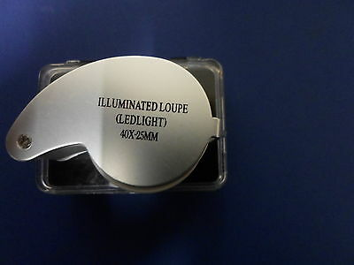 illuminated loupe (  ledlight  ) small magnifier in box 40 x 25 mm