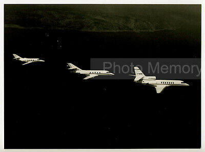 Mystère Falcon 10 Falcon 20-C & Falcon 50 en vol - Photo originale Dassault 1977