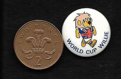1966 Football World Cup pin badge,  World Cup Willie