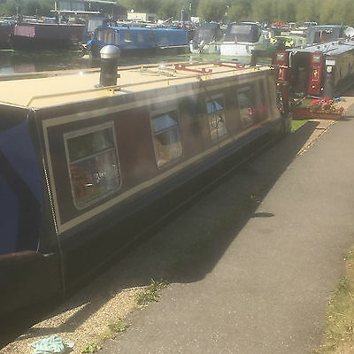 Narrowboat on a West London live aboard mooring
