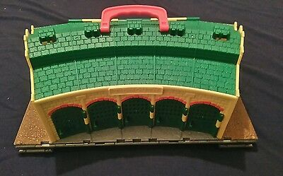 Thomas the tank engine & Friends TAKE N AND PLAY ALONG TIDMOUTH SHEDS PLAYSET