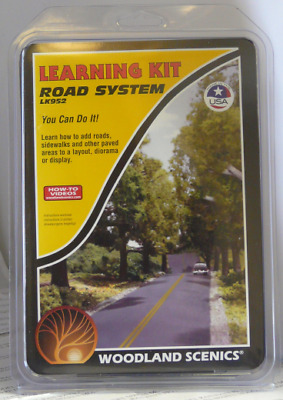Woodland Scenics LK952 Learning Kit Road System