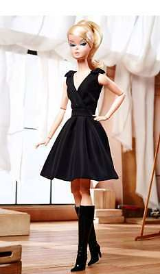 2016 Classic Black Dress Gold Label Posable MINT in Tissue Robert Best DKN07