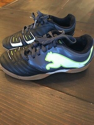 Puma Shoes Kids Boys Sneakers shoes Size 11 Indoor Soccer