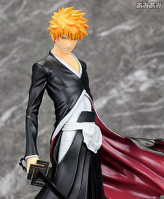 New Anime Cartoon Bleach Kurosaki Ichigo GK 卍 lock Zangetsu PVC Figure Gift Hot