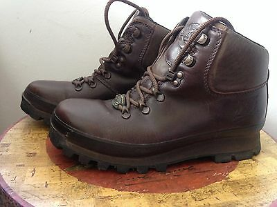 BRASHER BOOT CO AIR  LADY HILLMASTER WALKING BOOTS size 6. worn once!