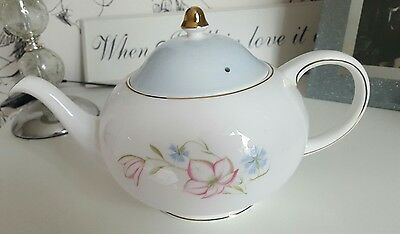 Lovely  Susie Cooper  Teapot