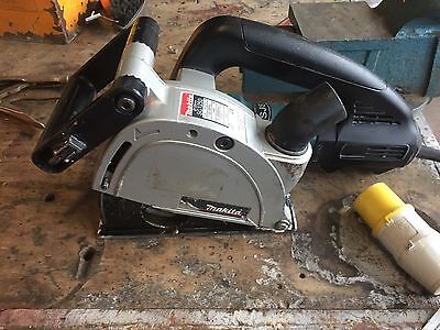 Makita SG 1250 Wall Chaser 125mm 110v with Hard Carry Case