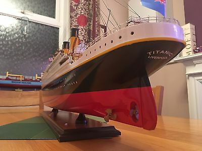 Wooden Model Titanic Ship Boat White Star Display Collector