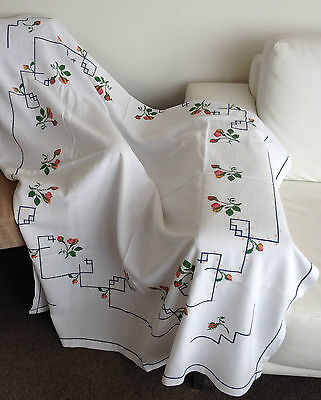 TABLECLOTH - EMBROIDERED - LARGE - CROSS STITCH - 135cm X 135cm - VINTAGE