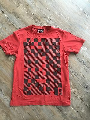 Shock Resistant Men's Red T Shirt With Black Checkered Design Size Small